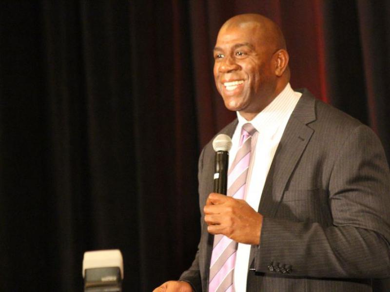 Magic Johnson-Summit 2013-5